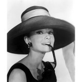 Audrey Hepburn Breakfast At Tiffanys 1