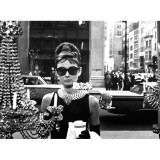 Audrey Hepburn Breakfast At Tiffanys 2